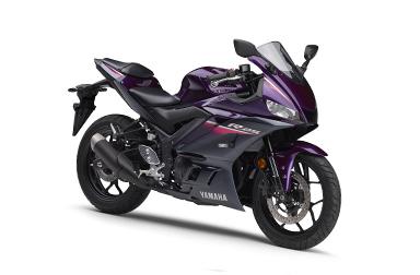 YZF,R25 毎日乗れる、スーパーバイク。スリムでタイトなボディで、圧倒的なパフォーマンスを実現 メーカー希望小売価格 567,000円〜  排気量:249cc /
