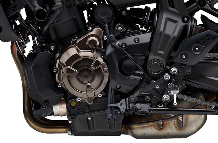 水冷・DOHC・直列2気筒・4バルブ・フューエルインジェクション搭載エンジン