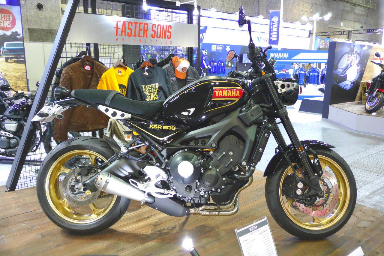 黒オーセンティックXSR900