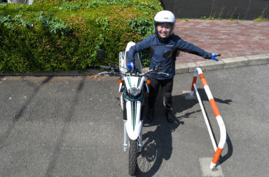 「乗らずに学べるバイクレッスン」 ~ バイクの取り回しと一般公道走行の心得を教えて!1 ~